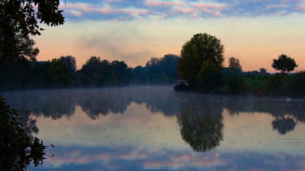 Exceptionnelles lumières sur la rivière Sarthe