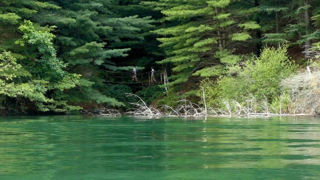 Randonnée autour du lac de Villefort