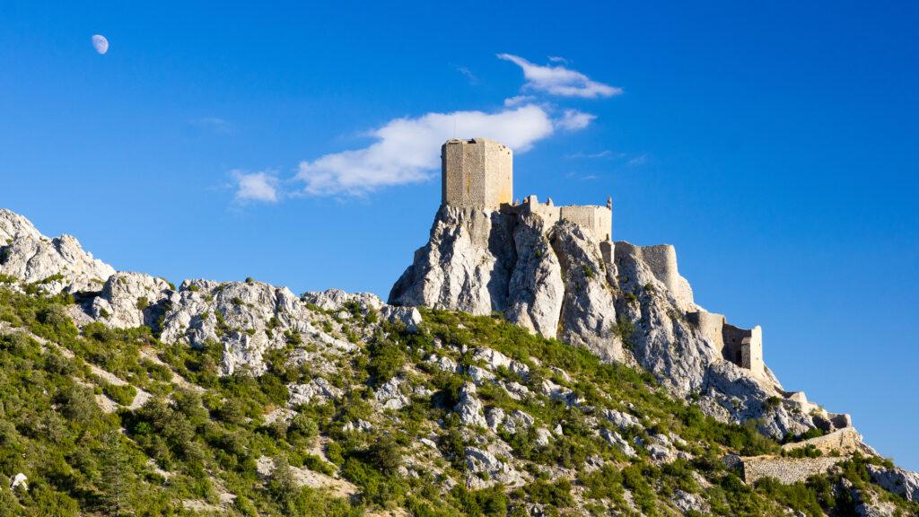 Queribus, l'un des incontournables sites en Occitanie