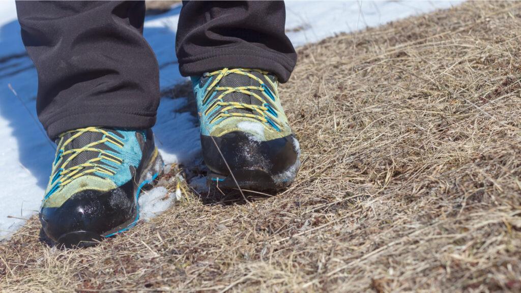 Chaussures de randonnée dans la neige