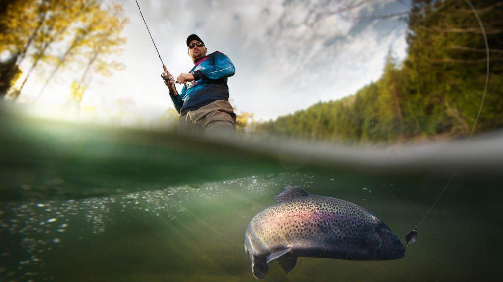 Pêcheur en rivière
