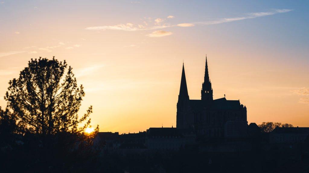 Coucher de soleil sur Chartres