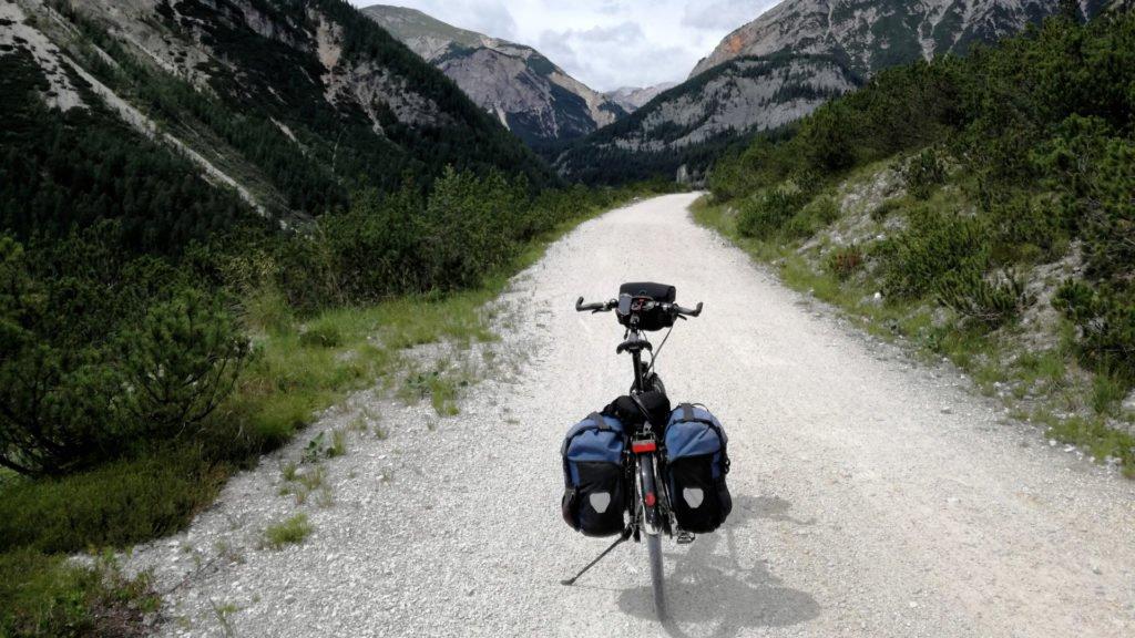 En route vers les montagnes à vélo !