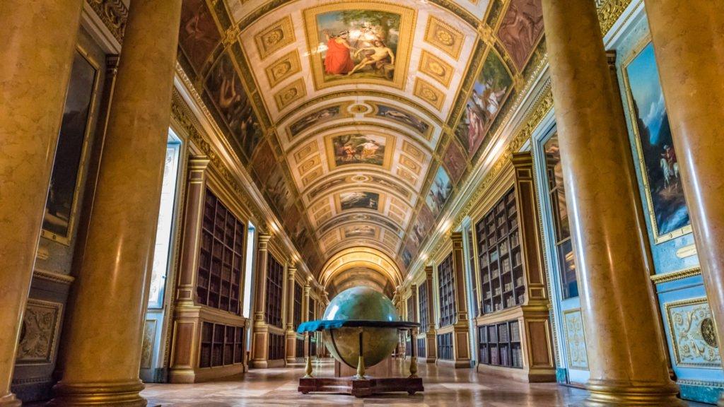 Grande bibliothèque de Fontainebleau