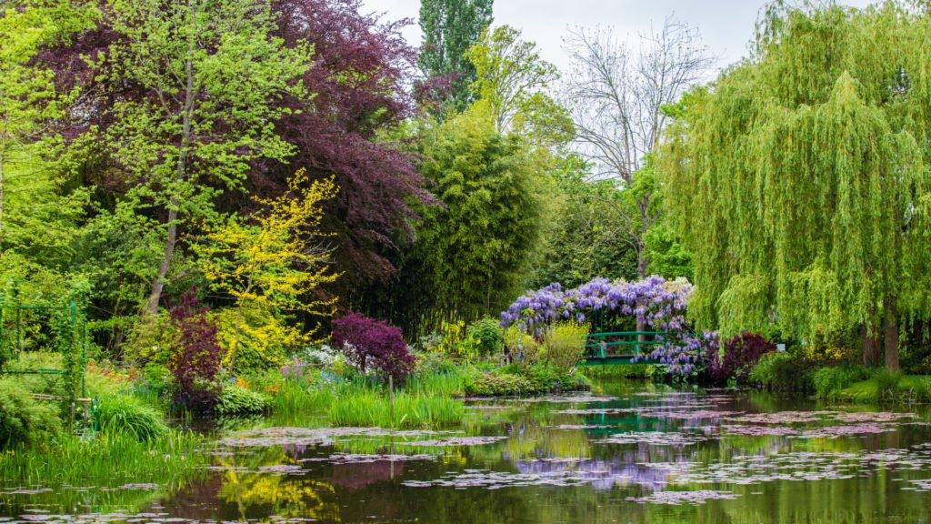 Jardins de la maison de Claude Monet sur le parcours de la Seine à vélo